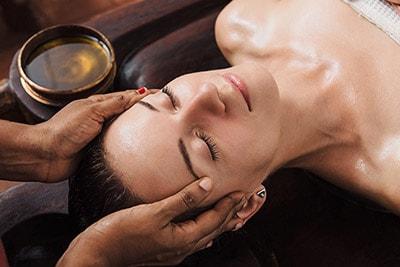 Indische Massage