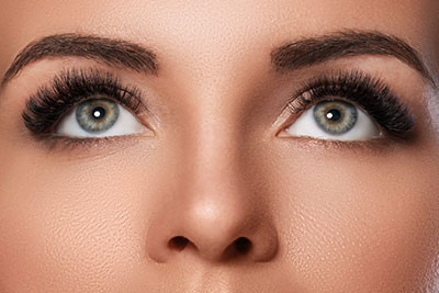 Wimperextensions 3D Russian Volume